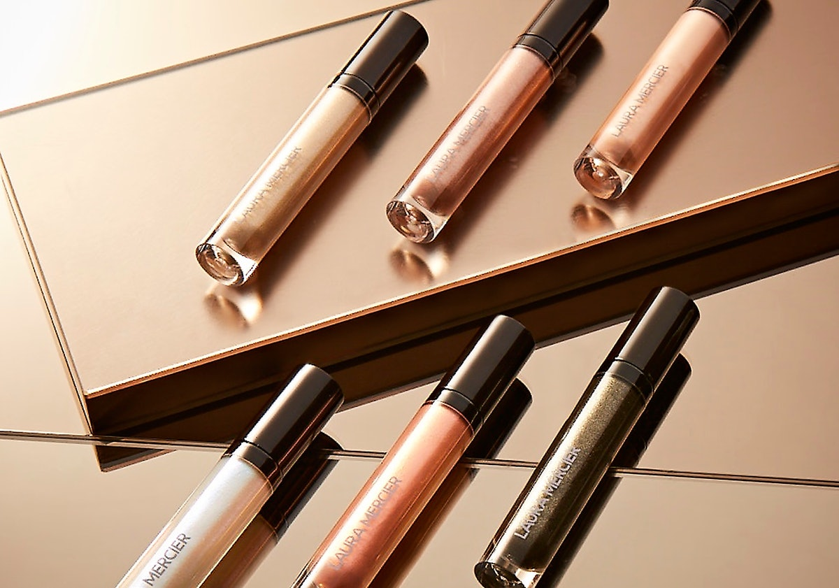 Laura Mercier's Caviar Chrome Collection Means 6 New Metallic Shades Of This Best-Selling Eyeshadow