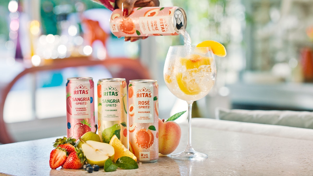 These New Ritas Spritz Cans With Rose & Sangria Flavors Are The Perfect Fizzy Sips