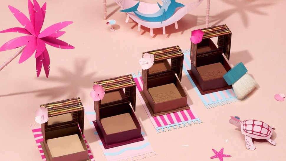 0cba076ecd5 Benefit Is Launching Two Darker Hoola Bronzer Shades Just In Time For Your  Spring Break