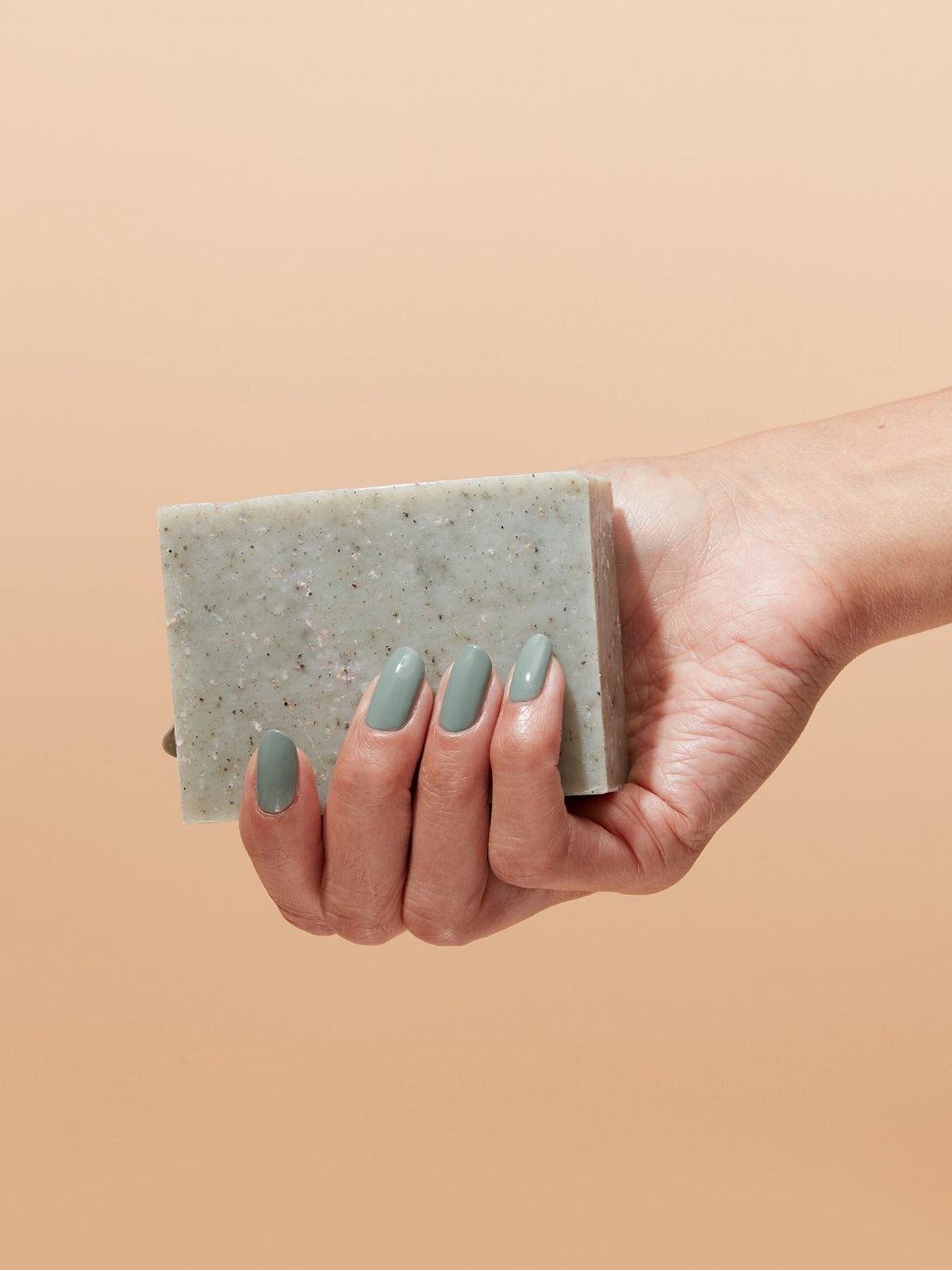 Why Bar Soaps Are Replacing All Your Favorite Cleansers, Slowly But Surely
