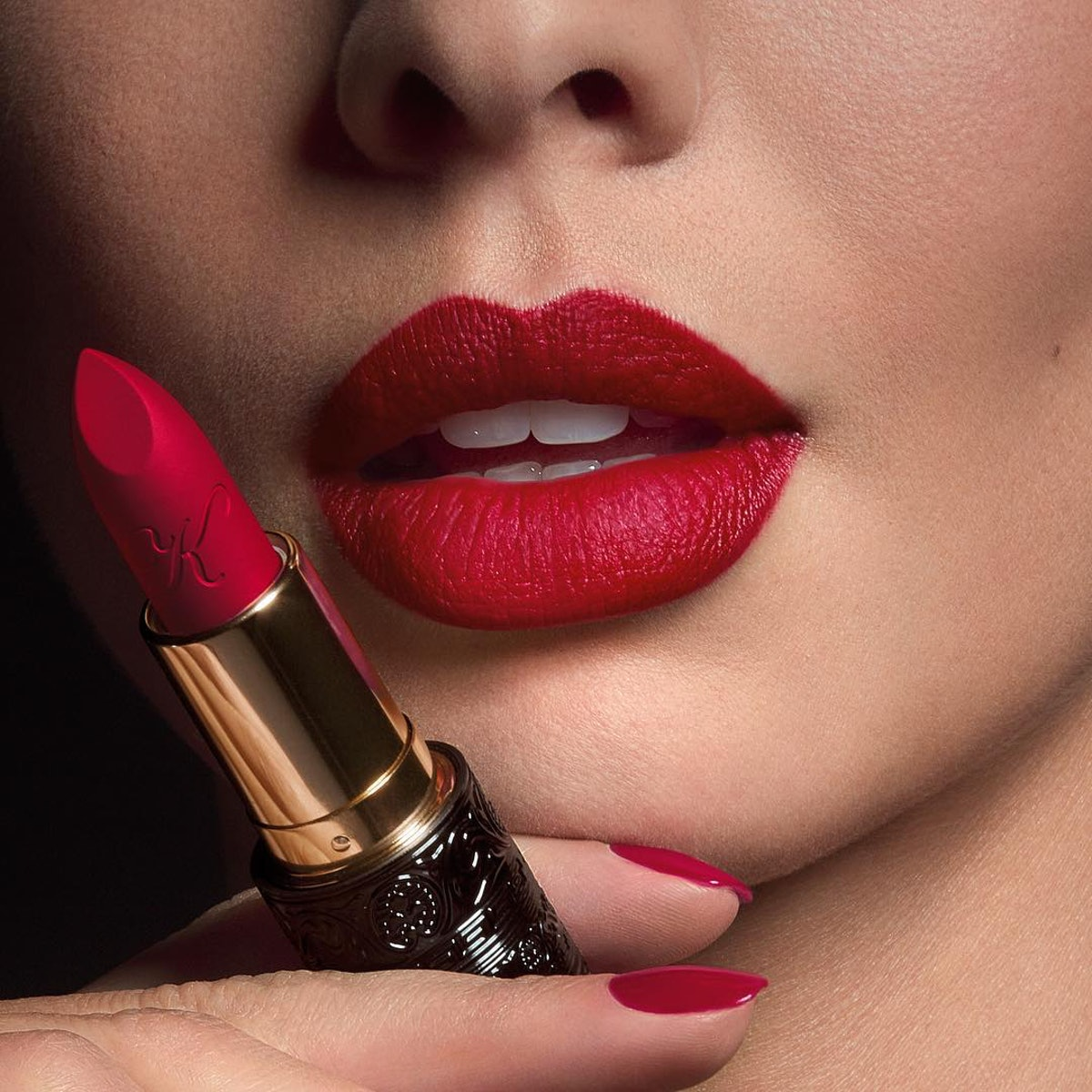 15 New Luxury Lipsticks That Your Lips Deserve