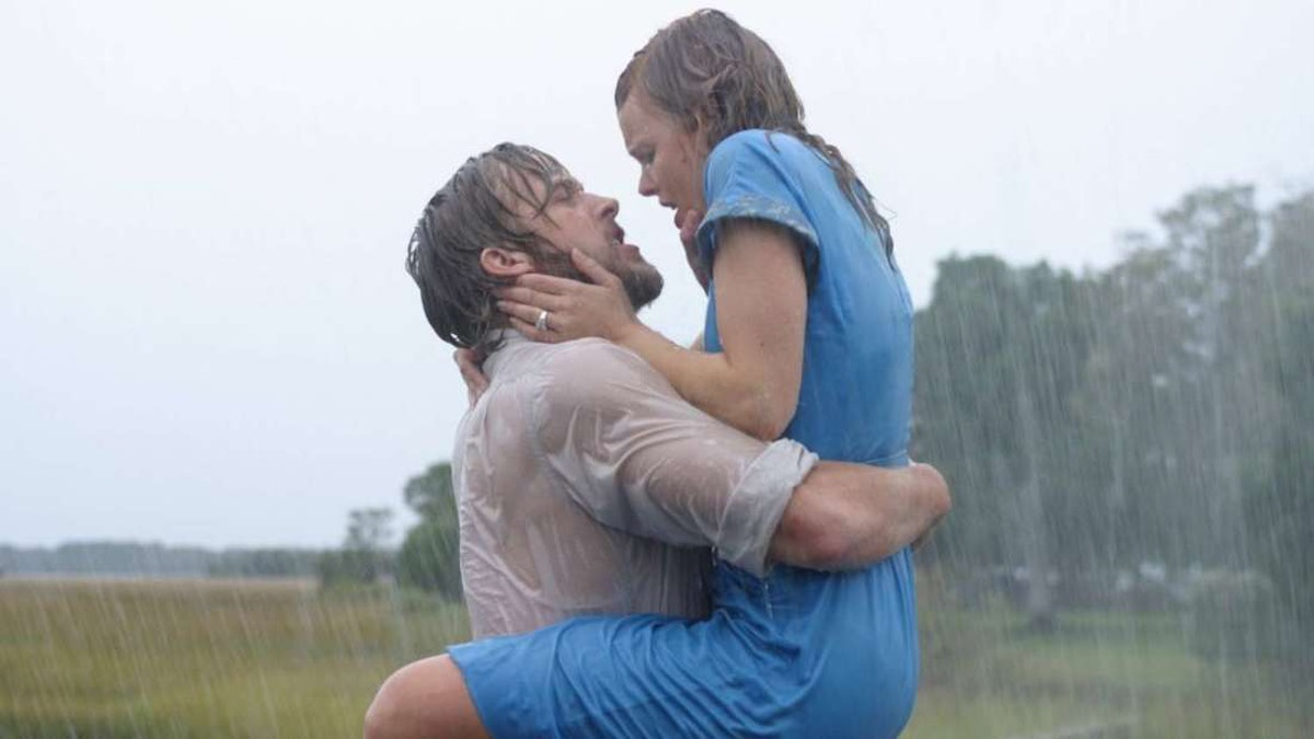 'The Notebook' Is Coming To Netflix Next Month, So Grab Your Tissues