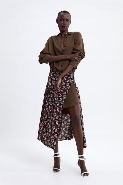 Floral Print Skirt Details