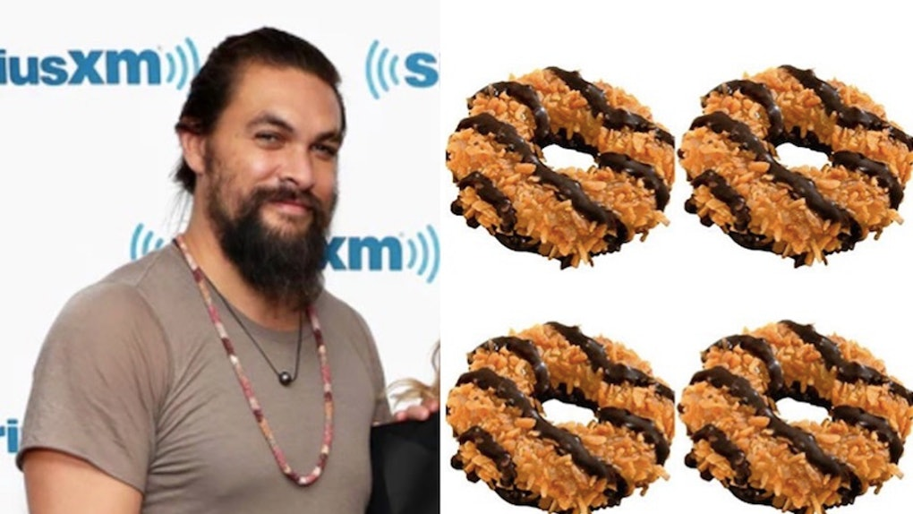 This Girl Scout S Jason Momoa Inspired Samoa Cookies Are Both Sweet