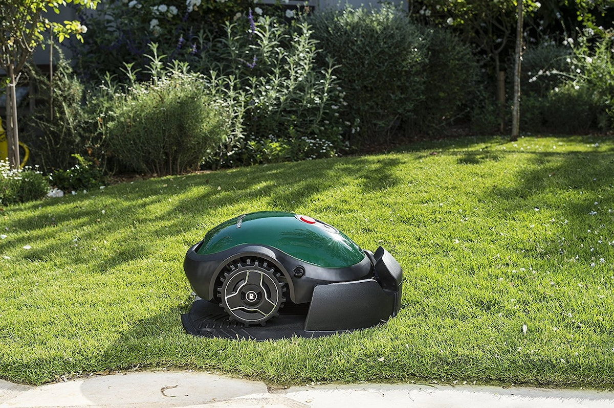 Now You Can Basically Roomba Your Lawn With This Nifty Automated Lawn Mower