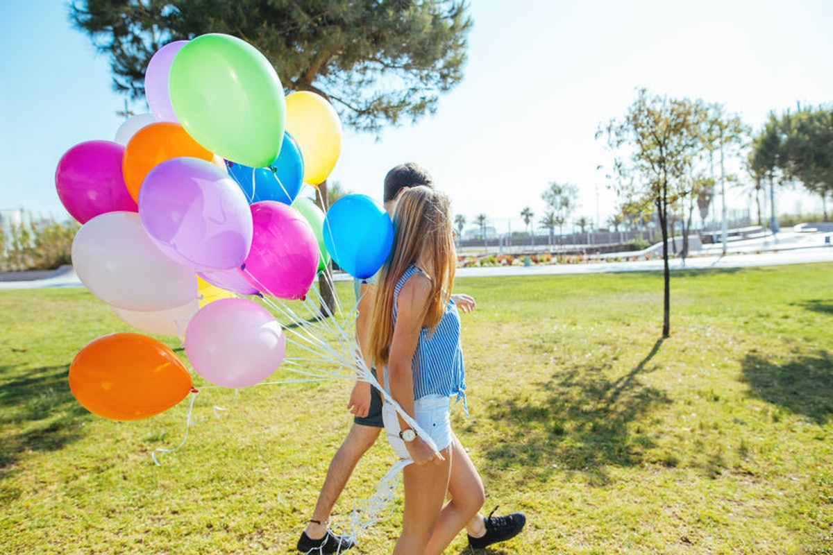 6 Fun Ways To Celebrate Your Partner's Birthday For The First Time, Together
