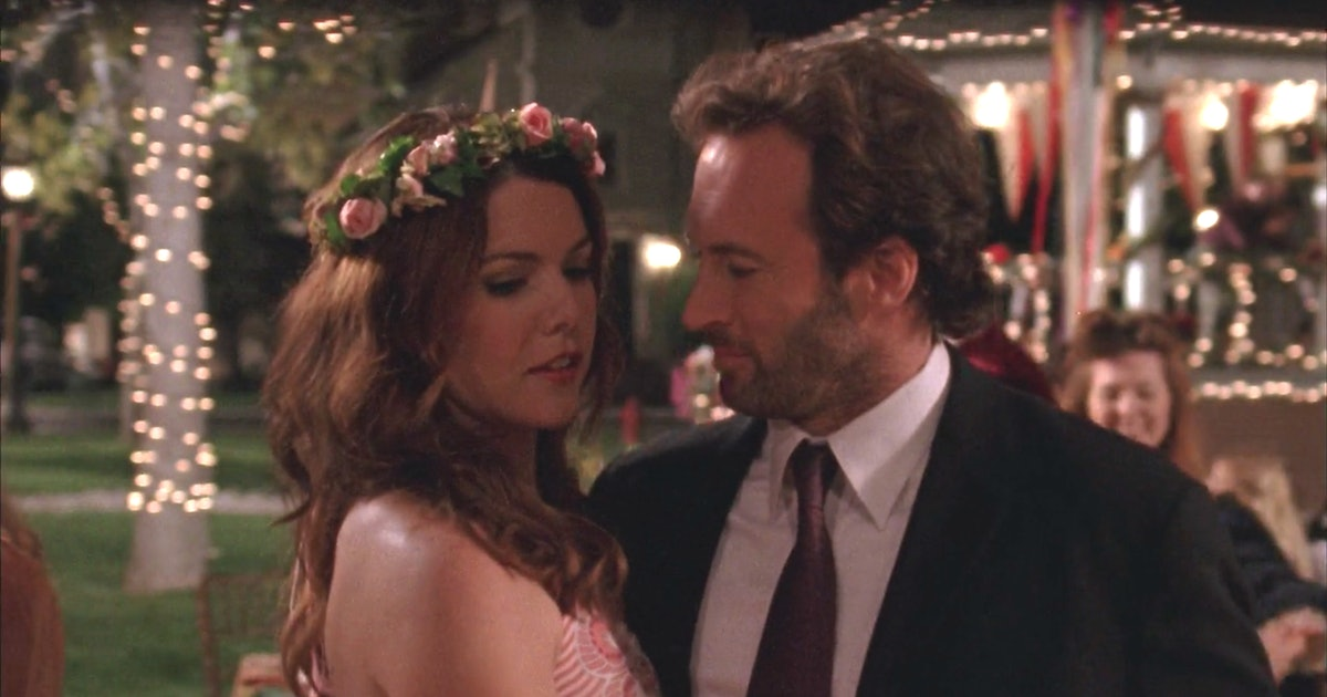 Luke & Lorelai On 'Gilmore Girls' Have The Love Story I'm So Jealous You Get To Watch For The First Time