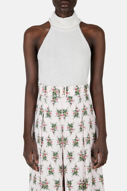 Sleeveless Cropped Knitted Top with Raised Collar
