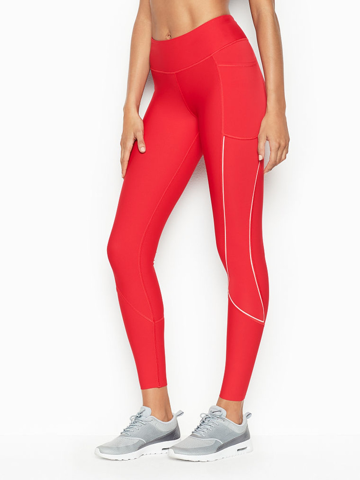 Total Knockout Mid-Rise Sport Tight