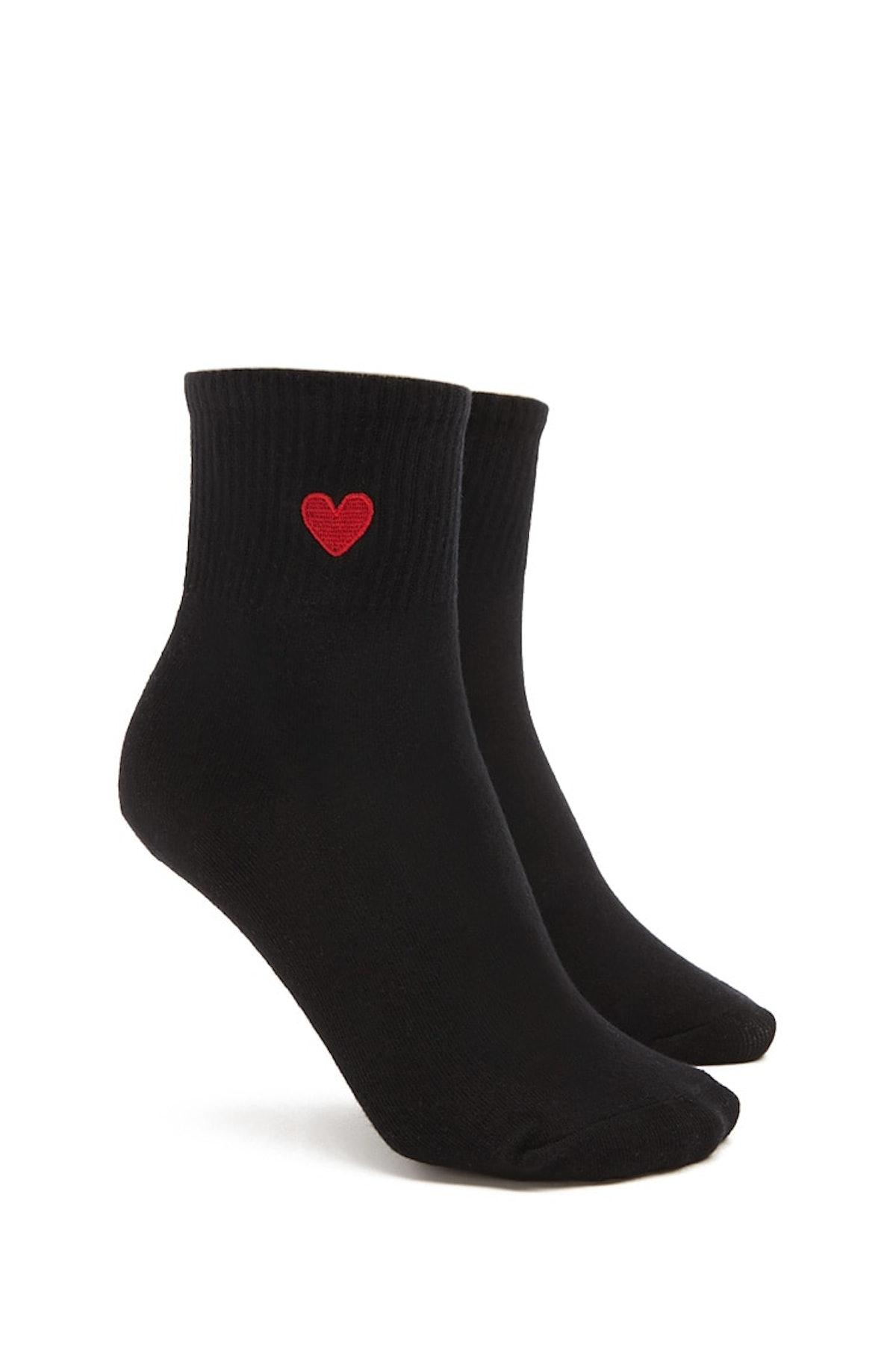 Heart Graphic Crew Socks
