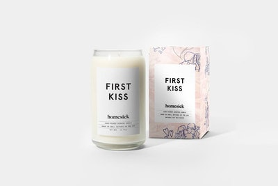 First Kiss Candle