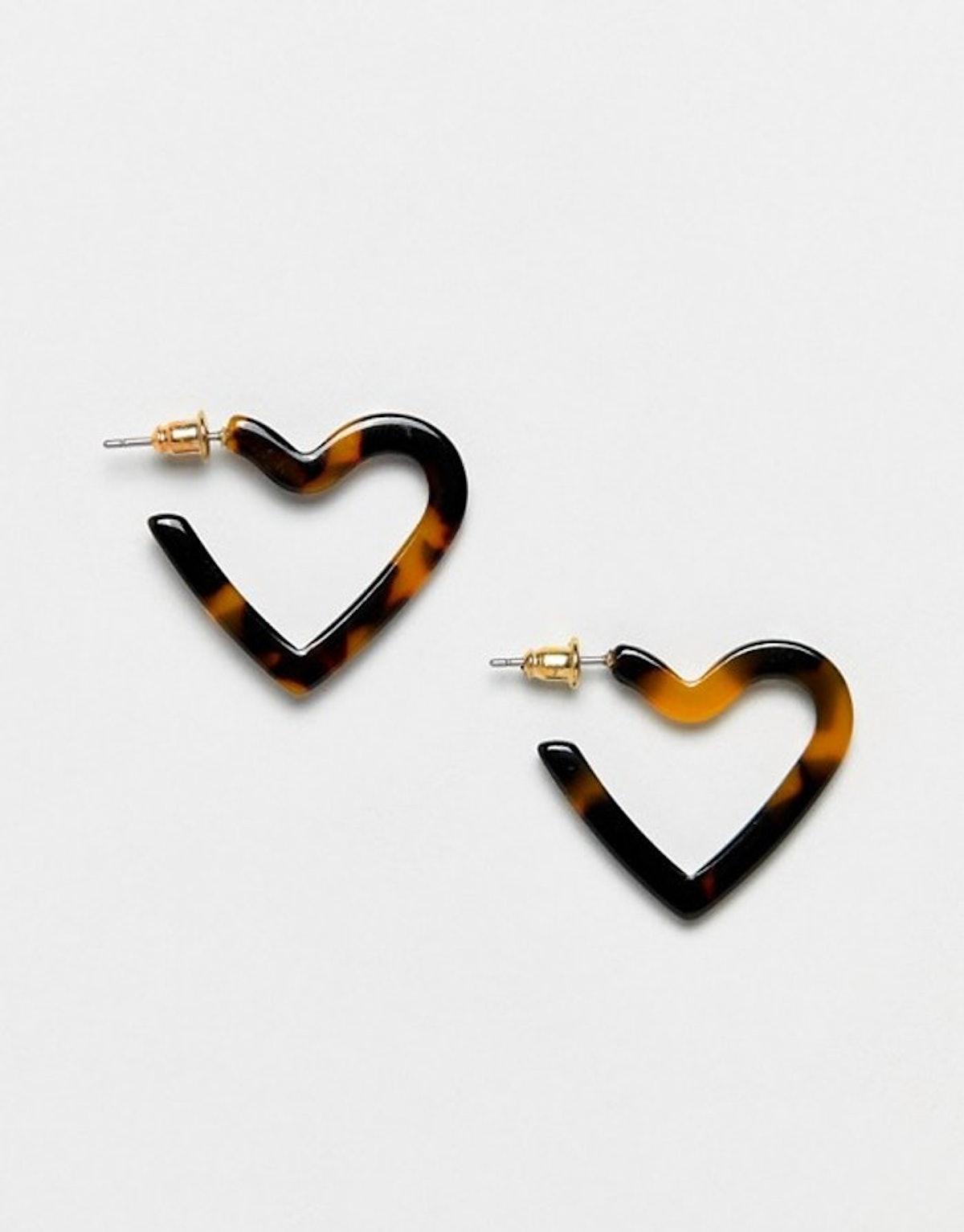 Hoop Earrings In Tortoiseshell Heart Design