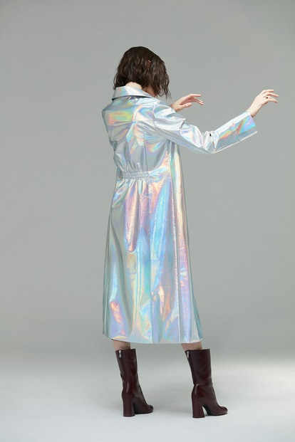 Meter Holographic Trench