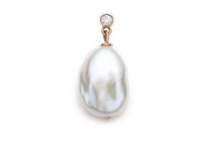 Diamond Girl With a Pearl Earring