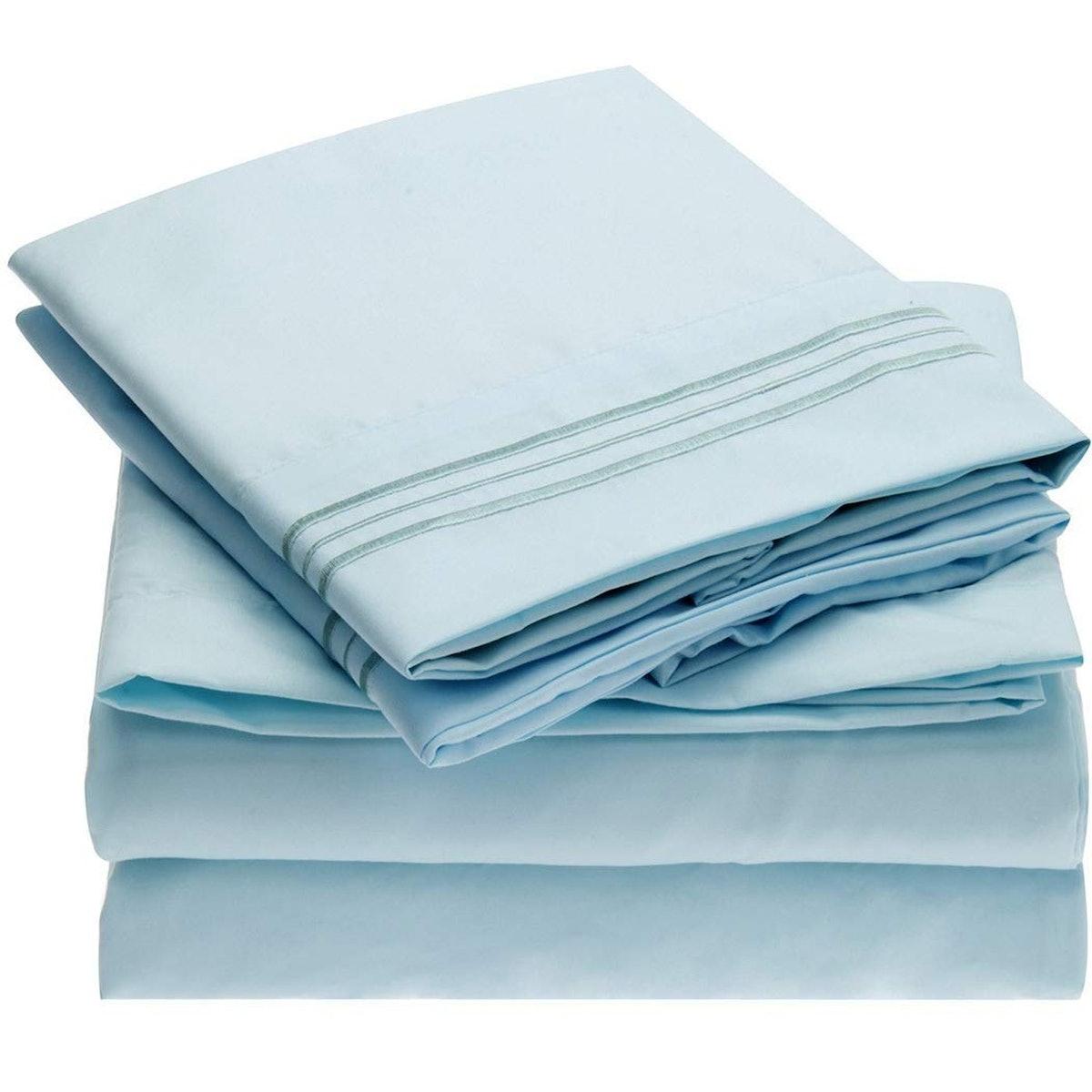 Mellanni Brushed Microfiber Bedsheets