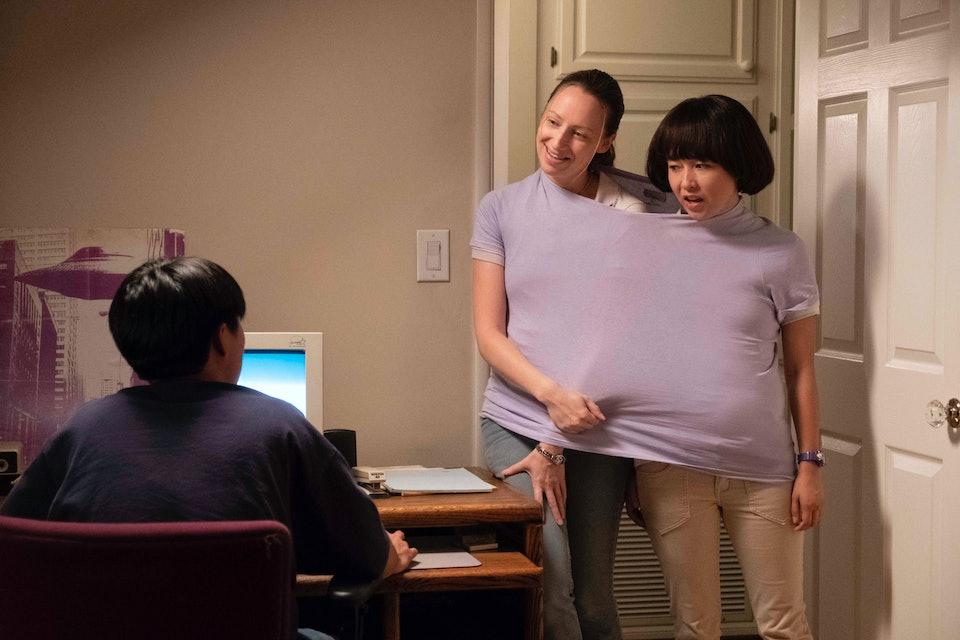 PEN15: Who Is In The Cast Of 'Pen15'? Maya Erskine & Anna Konkle
