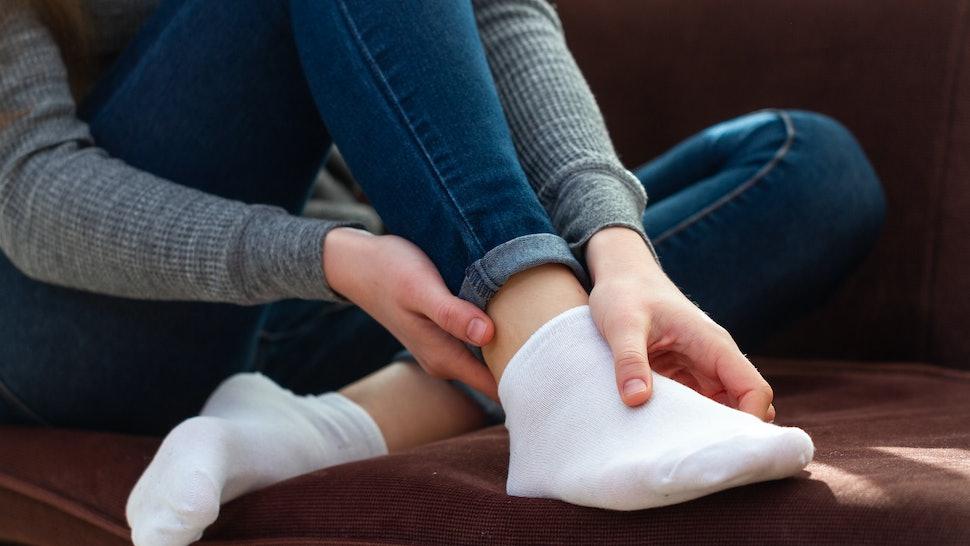 The 4 Best Socks For Sore Feet