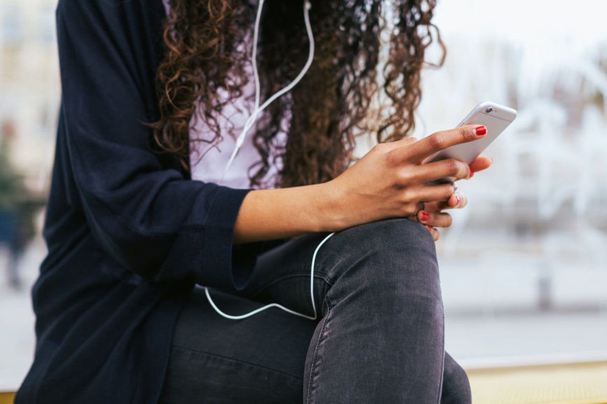5 Best Podcasts For Sex Advice, Because These Shows Have Some Seriously Smart Suggestions