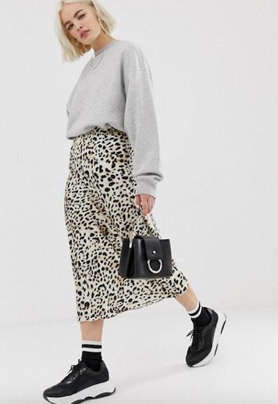 New Look Satin Midi Skirt in Leopard Print