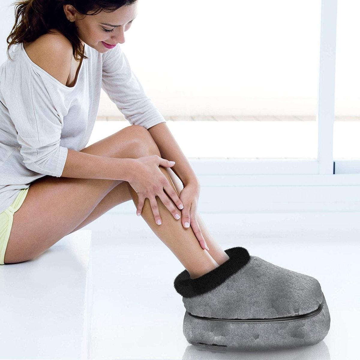 Gideon Quilted Shiatsu Foot Massager