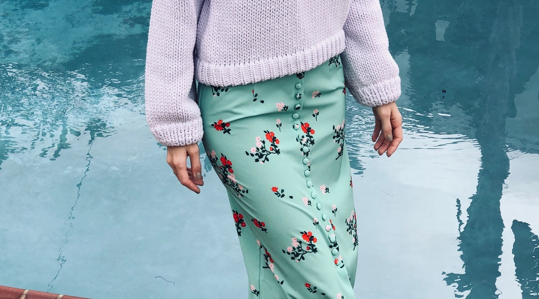 569f8b7be2 How To Wear Spring's Pastel Shades Without Looking Like An Easter Basket