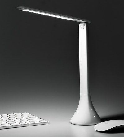 Tranya Portable Eye-Care LED Desk Lamp