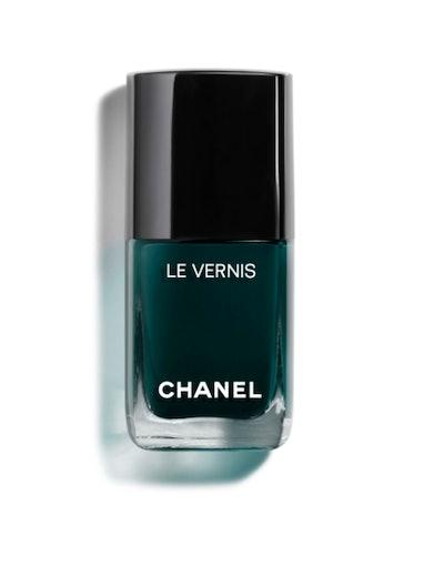 Le Vernis Longwear Nail Color in Fiction