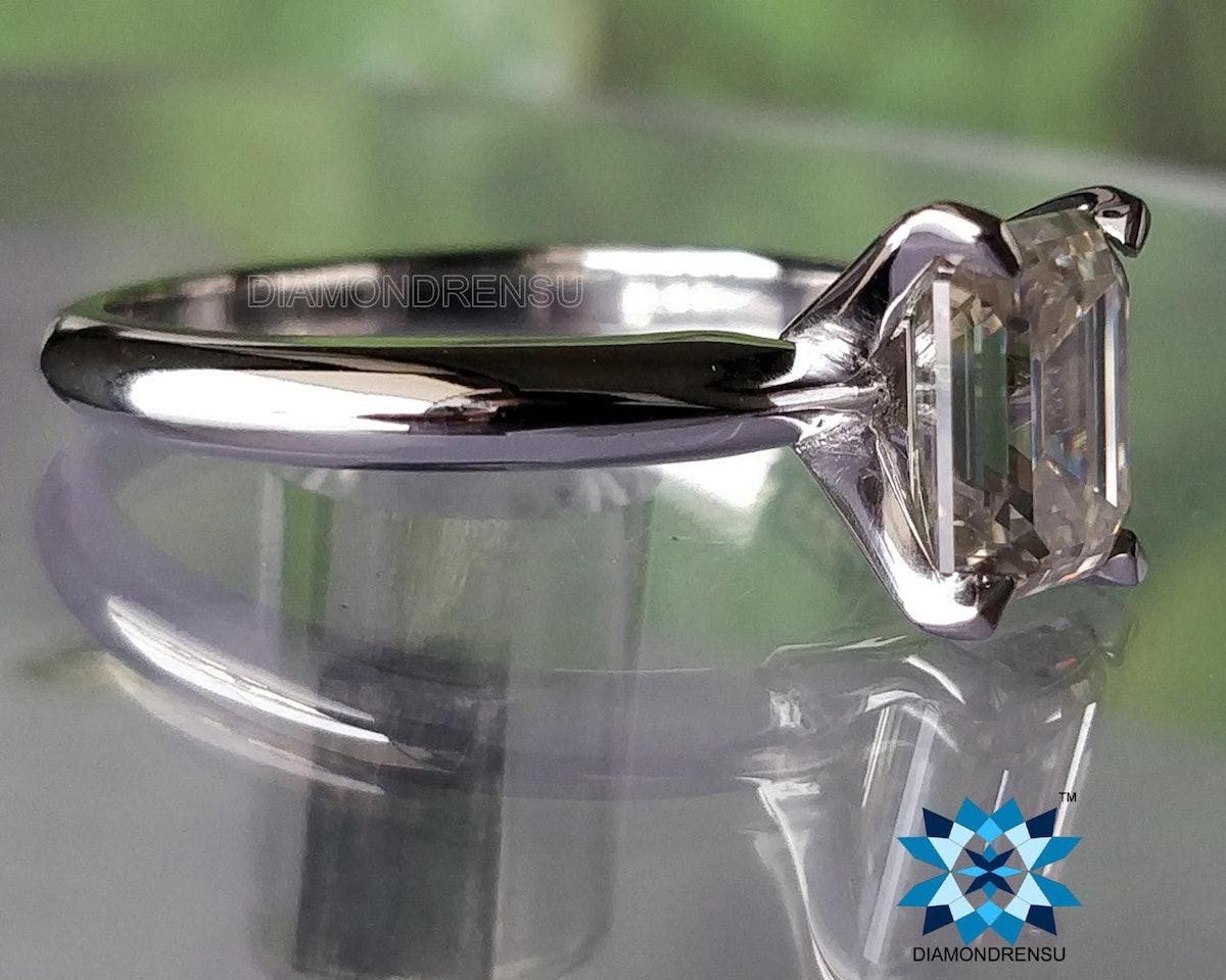 1.5 ct Moissanite Engagement Ring