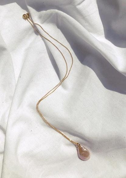 Peach Pearl Necklace