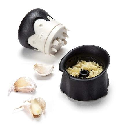 OTOTO Garlic Twist Crusher