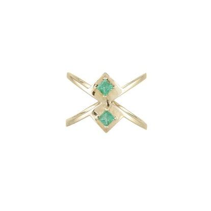 Gar Ring With Emeralds