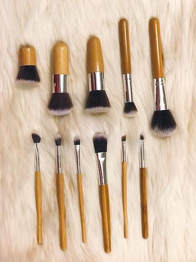 TayBear Market Makeup Brushes
