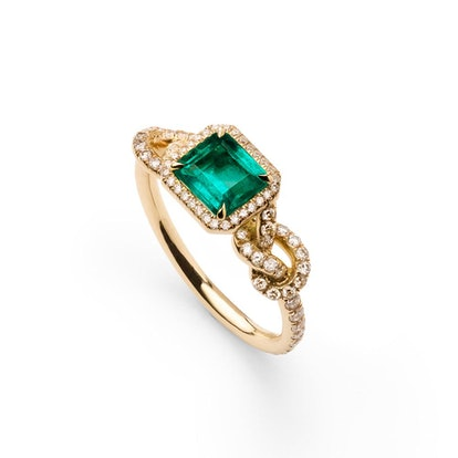 Emerald Knotty Ring