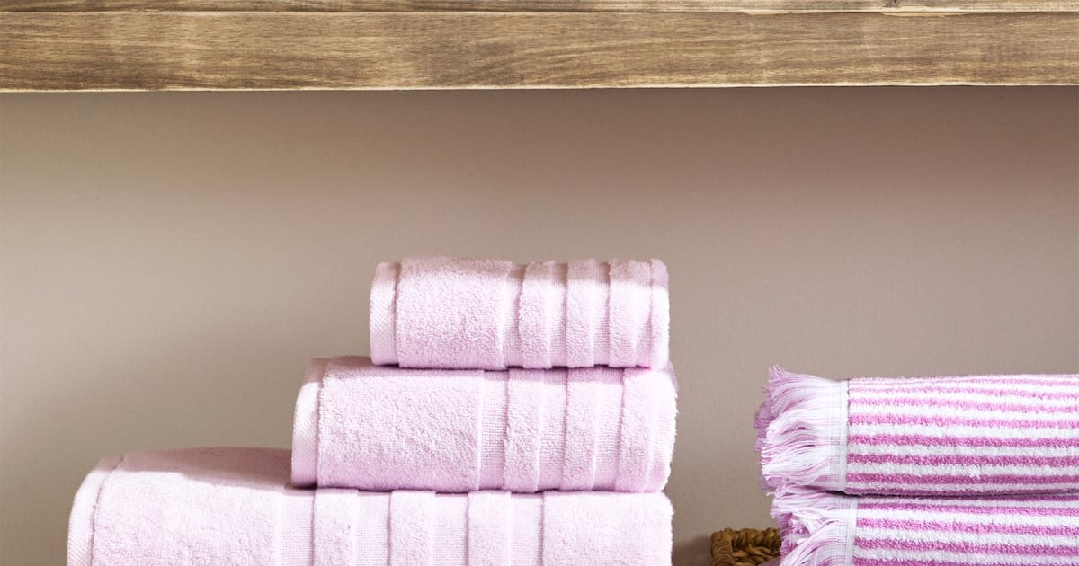 10 Bath Towel Sets Under $100 That'll Give Your Bathroom The Perfect Spring Upgrade