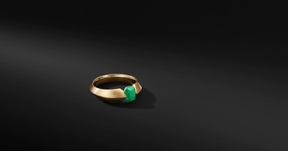 Roman Open Band In 18K Yellow Gold With Emeralds