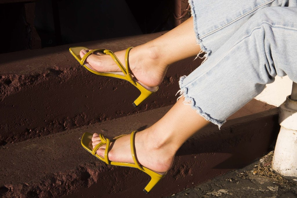 10 Trendy Shoe Brands That Are