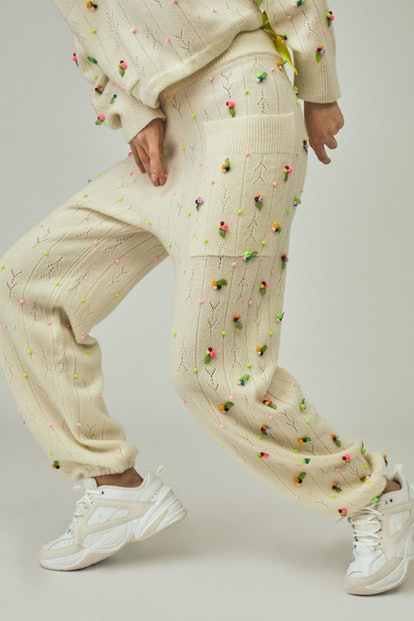 Rosebud Sweater Pant In Ivory
