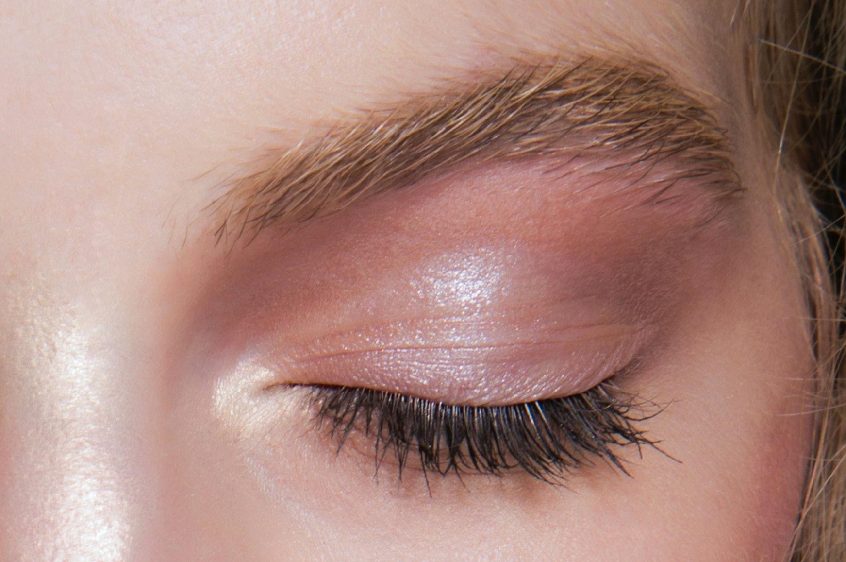 d83991b25cd 2019's Best New Mascaras That Work Wonders For My Hazel Eyes: Review