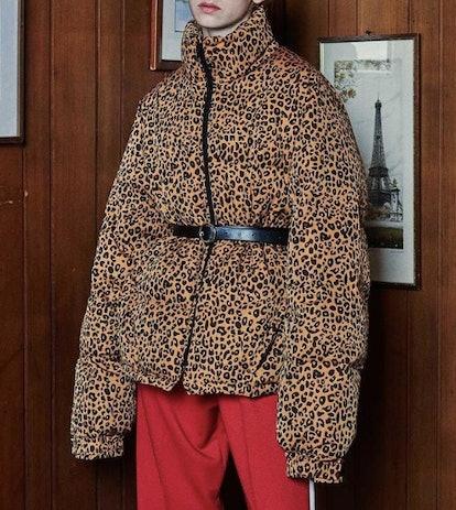 Oversized Duckie Puffer Jacket in Leopard