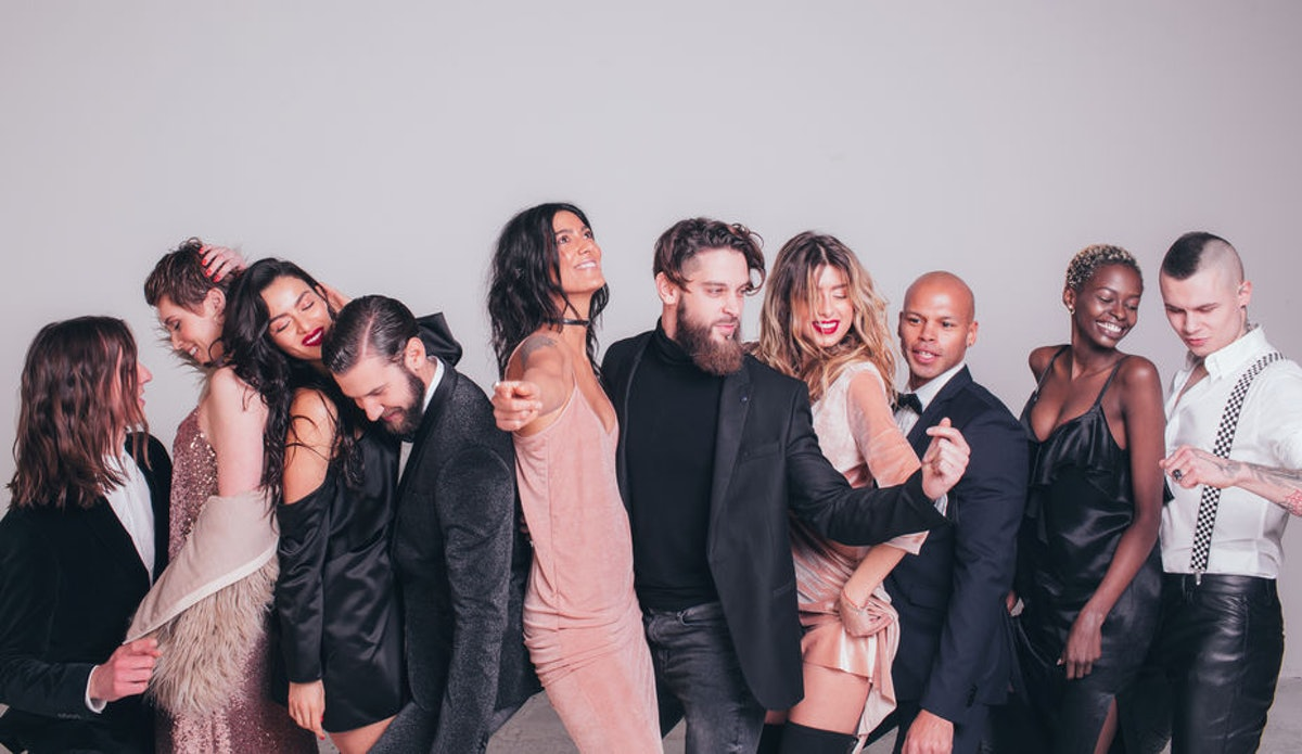 A Gender-Neutral Wedding Party Is The Perfect Way To Honor All Your Loved Ones