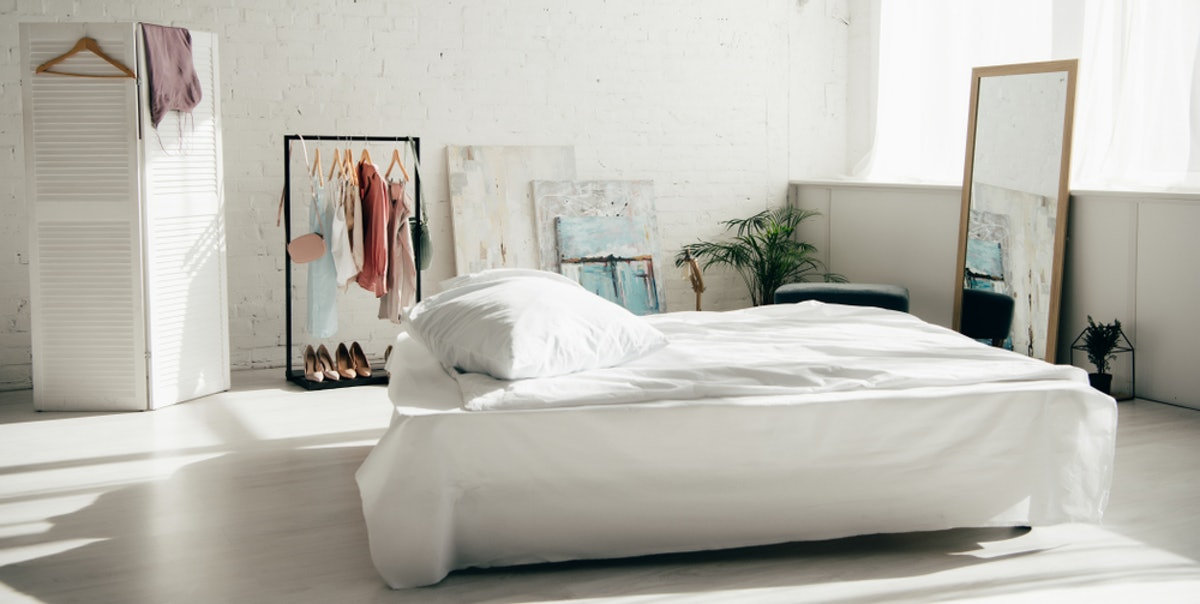 The Five Best Bed Positions for Sleeping, According to Feng Shui Experts