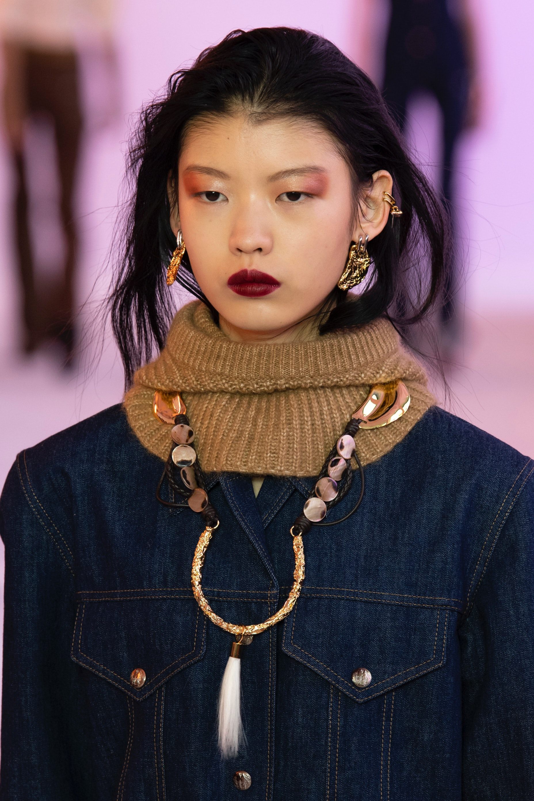 5 Fall 2019 Makeup Trends From Paris Fashion Week You Can