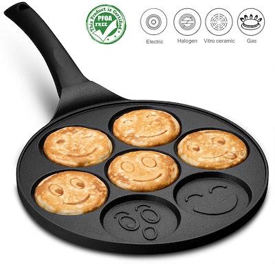 Gourmia Smiley Face Pancake Pan