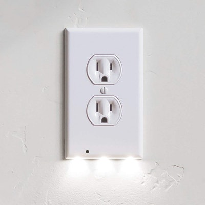 SnapPower Guidelight Outlet Plate