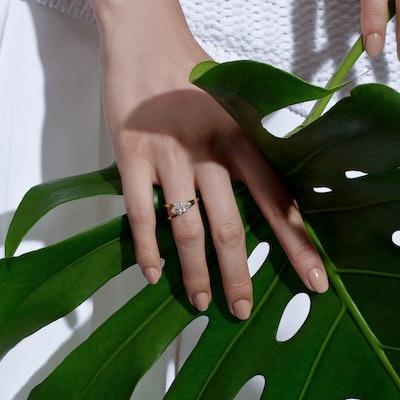 Marquise V Ring