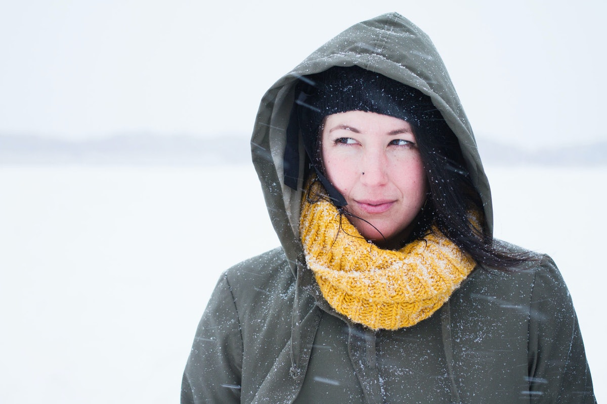How To Avoid Sensitive Skin In The Cold When Everything Dries You Out