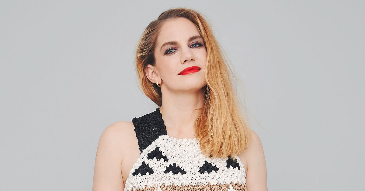 How 'Veep' Star Anna Chlumsky Became An Unlikely Comedy Hero