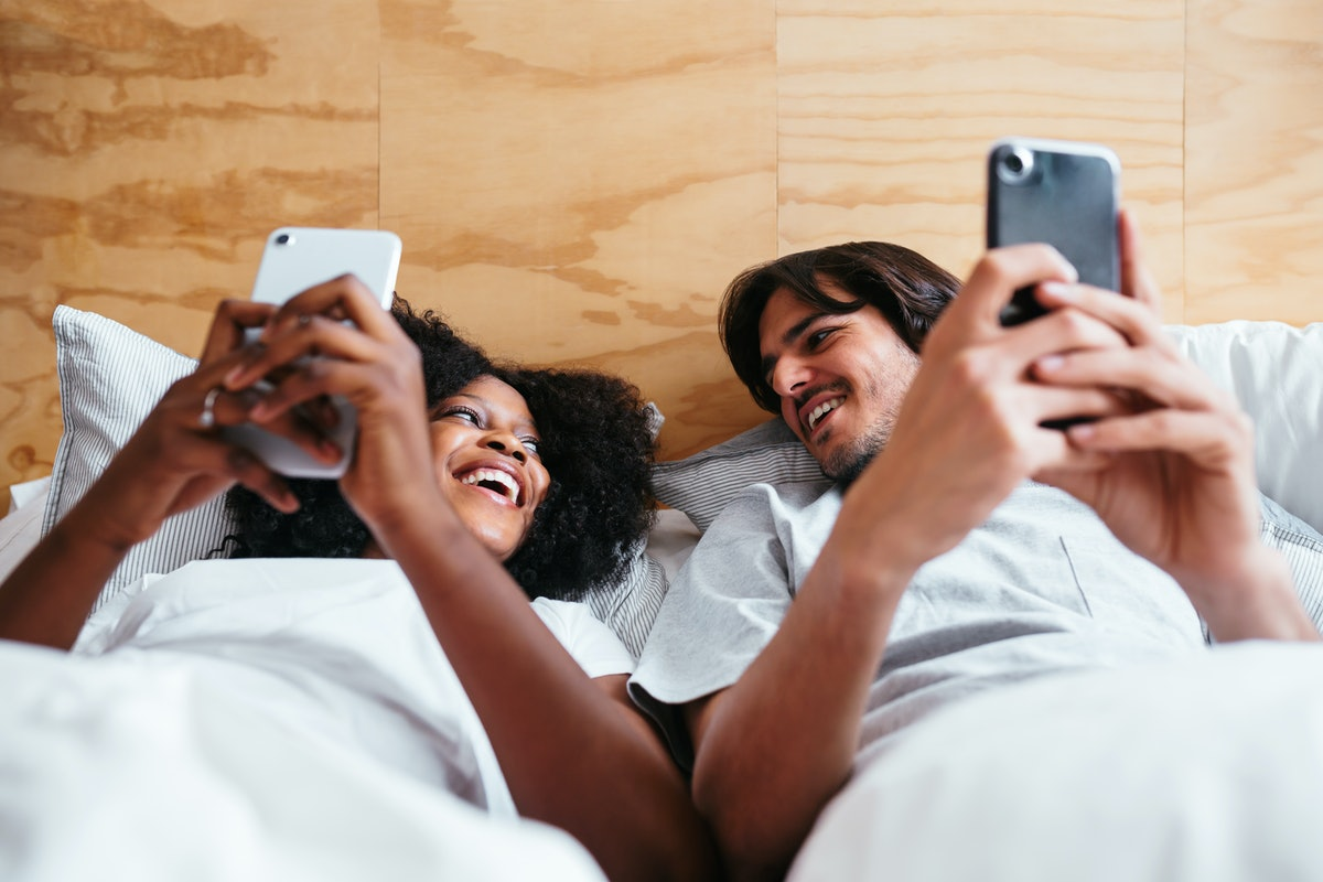 6 Hot Pictures To Send Your Partner On Your First Anniversary That Will Last For Years To Come