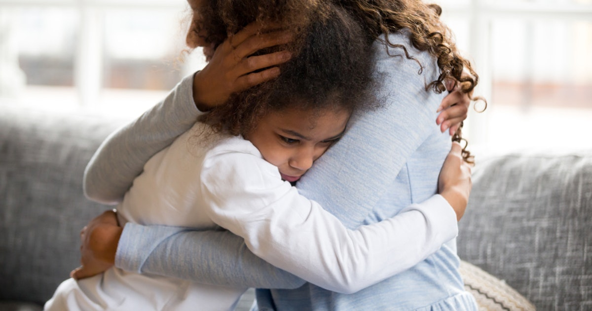 Can Little Kids Be Depressed? It's Possible, & Here Are The Signs