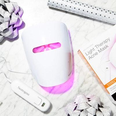 Neutrogena Light Therapy Acne Treatment Face Mask